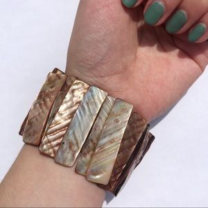 Iridescent Beachy Shell Bracelet